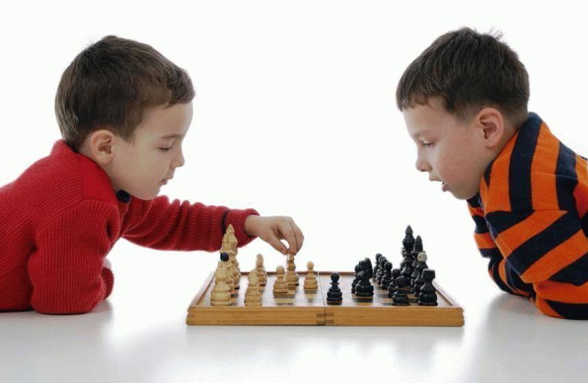 170213-850x554-chess
