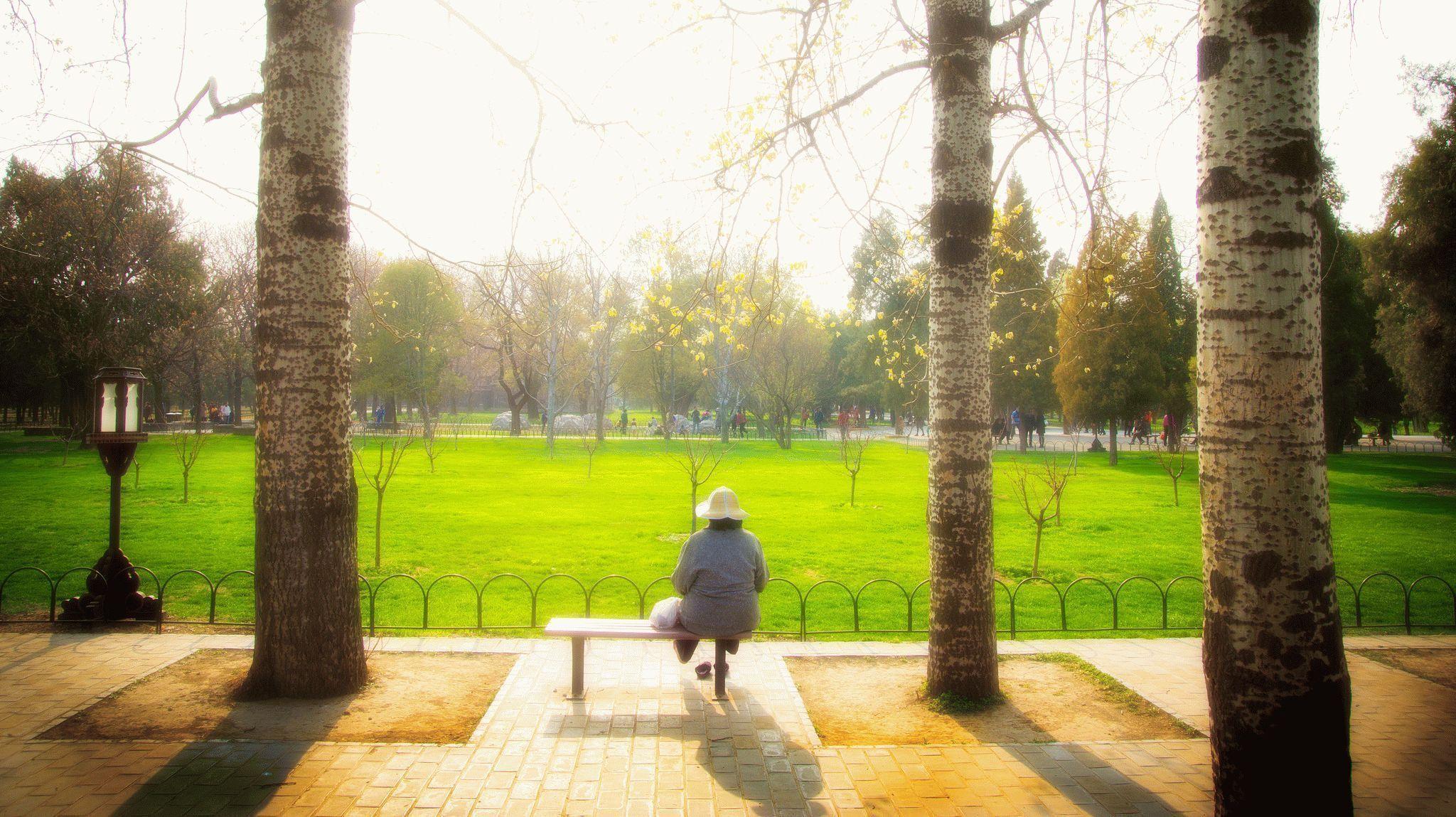 как знакомиться женщине в 60 лет