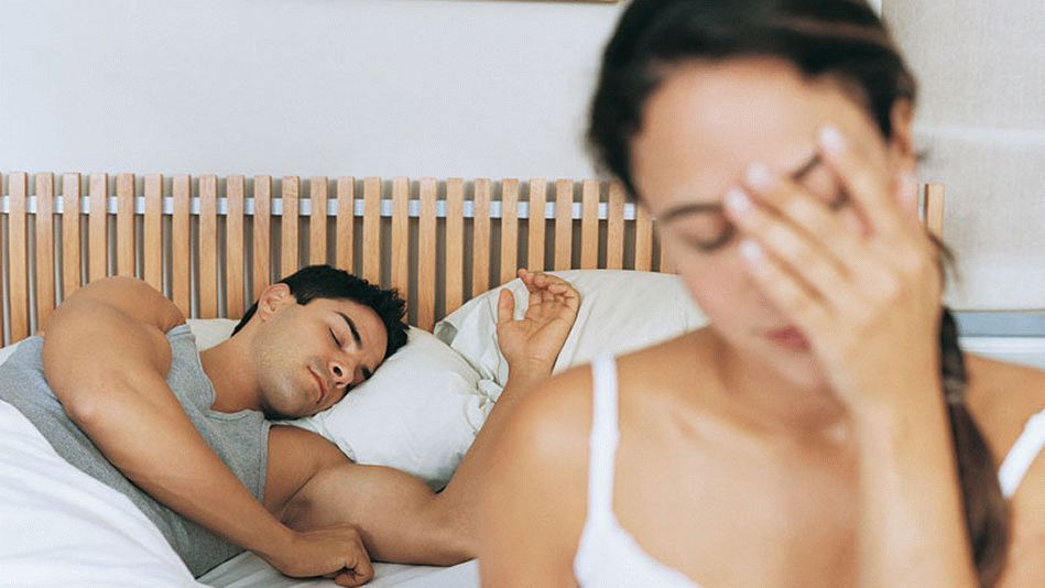 201112-orig-sleep-ruining-relationship-949x534