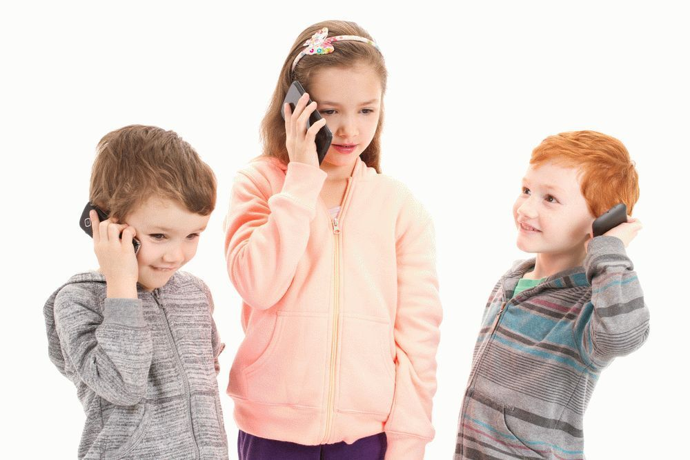 mobile phone and children Buying a phone for your child there are some phones designed with children in mind facebook is easy to update using a mobile phone which has data or wi-fi.