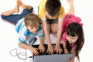 Online-safety-for-children-kids-using-a-computer