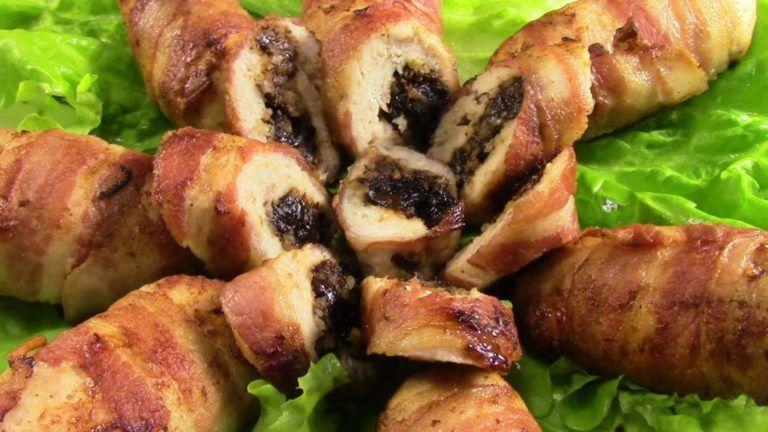 Куриные рулетики с орехами в духовке